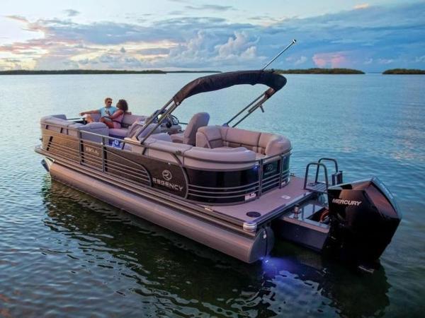 2022 Regency boat for sale, model of the boat is 230 LE3 & Image # 25 of 55