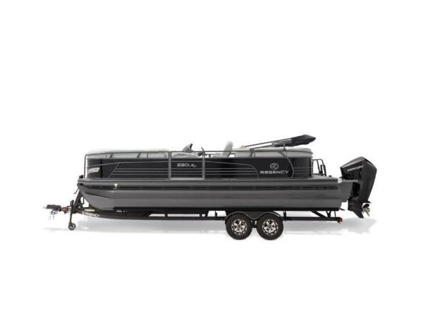 2022 Regency boat for sale, model of the boat is 230 LE3 & Image # 27 of 55