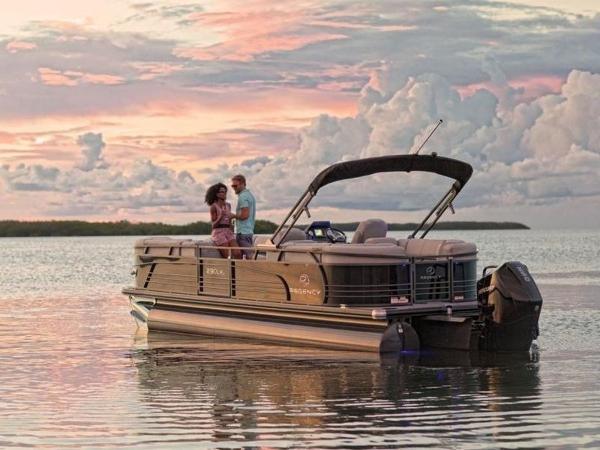 2022 Regency boat for sale, model of the boat is 230 LE3 & Image # 33 of 55