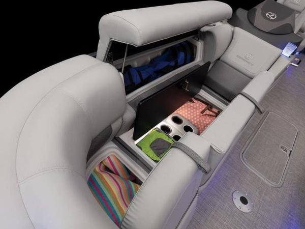 2022 Regency boat for sale, model of the boat is 230 LE3 & Image # 34 of 55