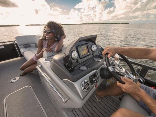 2022 Regency boat for sale, model of the boat is 230 LE3 & Image # 35 of 55