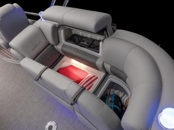 2022 Regency boat for sale, model of the boat is 230 LE3 & Image # 39 of 55