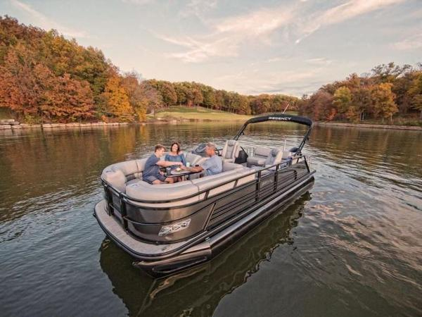 2022 Regency boat for sale, model of the boat is 230 LE3 Sport & Image # 3 of 65