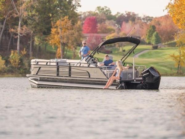 2021 Regency boat for sale, model of the boat is 230 LE3 Sport & Image # 6 of 65