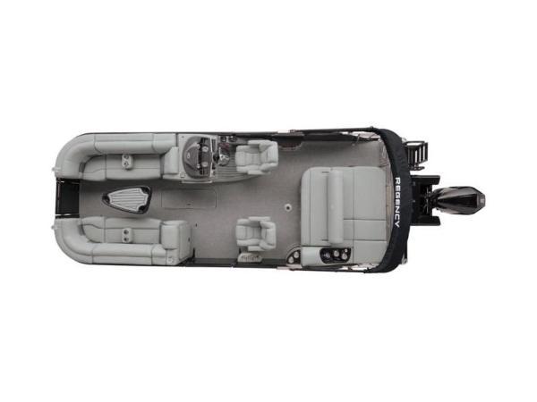 2022 Regency boat for sale, model of the boat is 230 LE3 Sport & Image # 8 of 65