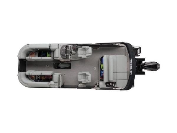 2021 Regency boat for sale, model of the boat is 230 LE3 Sport & Image # 9 of 65