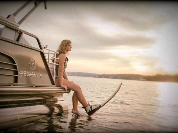 2022 Regency boat for sale, model of the boat is 230 LE3 Sport & Image # 23 of 65