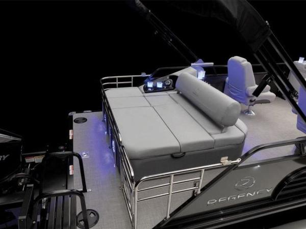 2021 Regency boat for sale, model of the boat is 230 LE3 Sport & Image # 31 of 65
