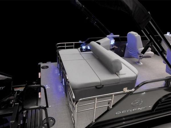 2022 Regency boat for sale, model of the boat is 230 LE3 Sport & Image # 32 of 65