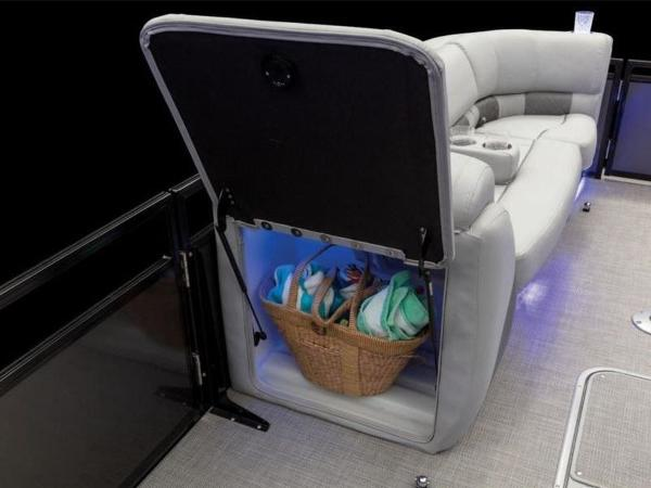 2022 Regency boat for sale, model of the boat is 230 LE3 Sport & Image # 44 of 65