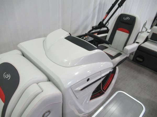 2021 Barletta boat for sale, model of the boat is Corsa 23UC & Image # 7 of 24