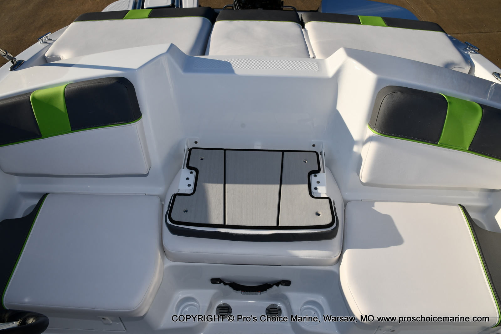 2021 Tahoe boat for sale, model of the boat is T16 w/75HP Mercury 4 Stroke & Image # 30 of 45
