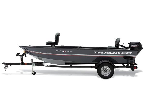 2020 Tracker Boats boat for sale, model of the boat is Guide V-16 Laker DLX T & Image # 5 of 32