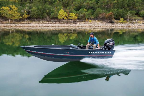 2020 Tracker Boats boat for sale, model of the boat is Guide V-16 Laker DLX T & Image # 6 of 32
