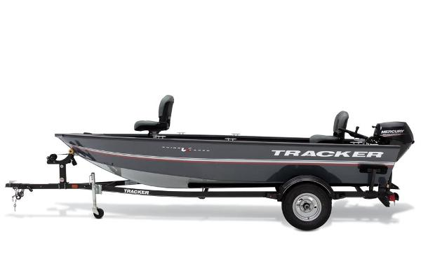 2020 Tracker Boats boat for sale, model of the boat is Guide V-16 Laker DLX T & Image # 27 of 34