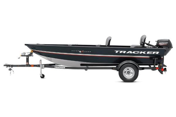 2020 Tracker Boats boat for sale, model of the boat is Guide V-16 Laker DLX T & Image # 28 of 34
