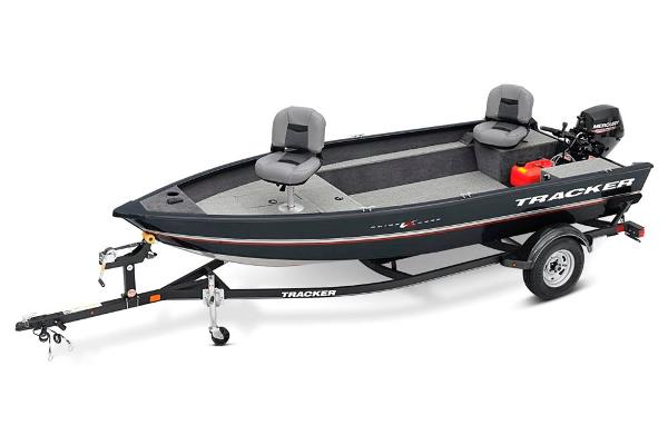 2020 Tracker Boats boat for sale, model of the boat is Guide V-16 Laker DLX T & Image # 1 of 34