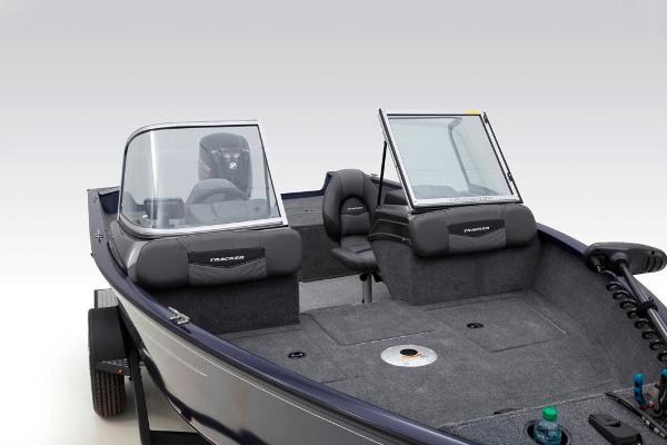 2020 Tracker Boats boat for sale, model of the boat is Pro Guide V-175 Combo & Image # 23 of 59