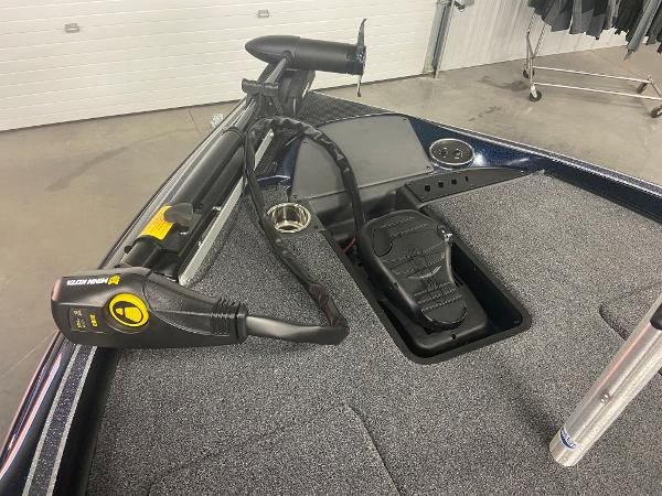 2021 Triton boat for sale, model of the boat is 179 TRX & Image # 9 of 32