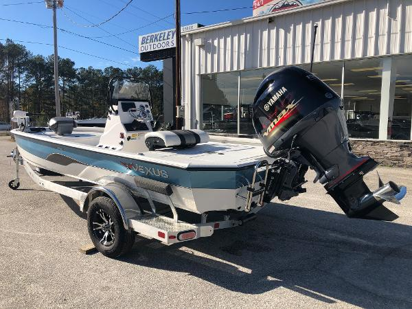 2020 Vexus boat for sale, model of the boat is AVX1980CC & Image # 8 of 32