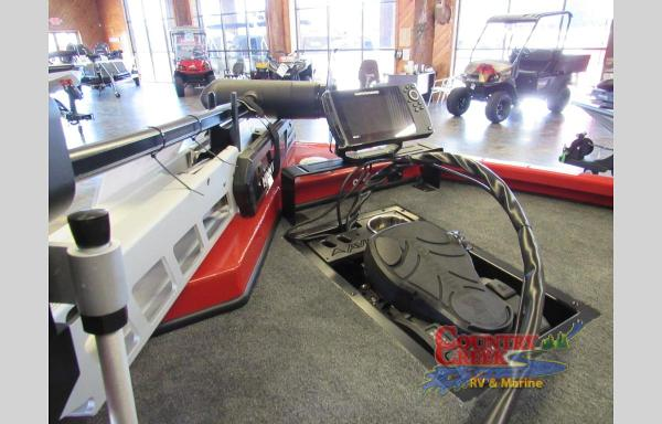 2021 Avid boat for sale, model of the boat is 19FS & Image # 4 of 8