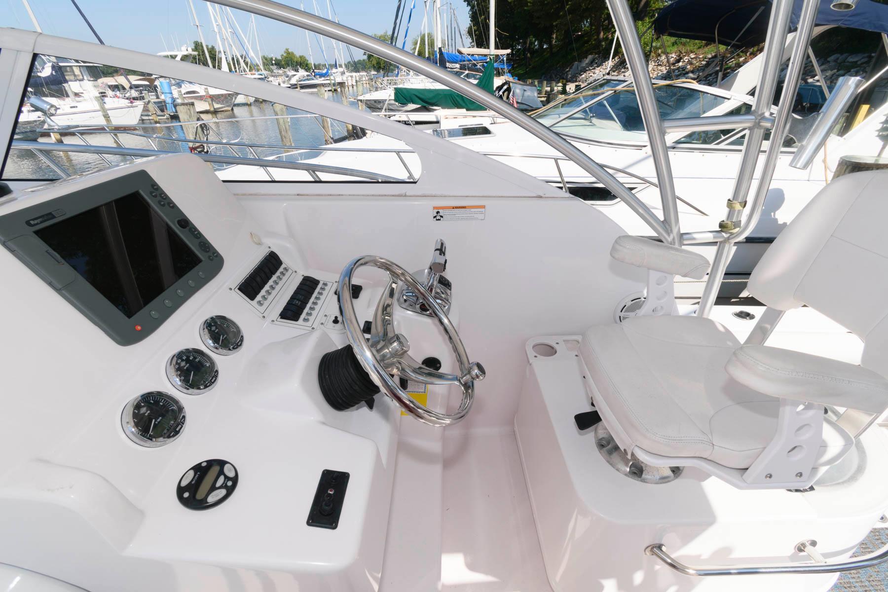 M 6414 WT Knot 10 Yacht Sales