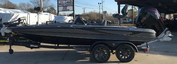2021 Triton boat for sale, model of the boat is 19 TRX Patriot & Image # 1 of 15
