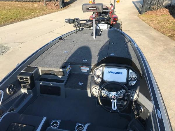 2021 Triton boat for sale, model of the boat is 19 TRX Patriot & Image # 15 of 15