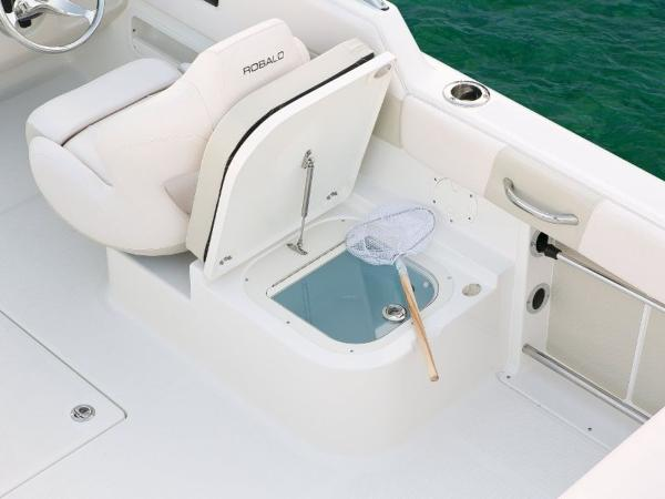 2022 Robalo boat for sale, model of the boat is R227 & Image # 11 of 20