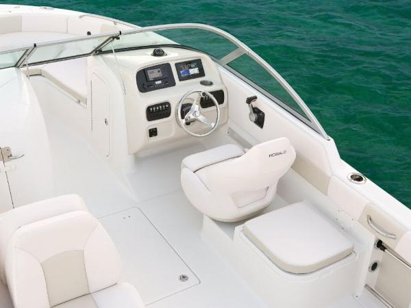 2022 Robalo boat for sale, model of the boat is R227 & Image # 16 of 20