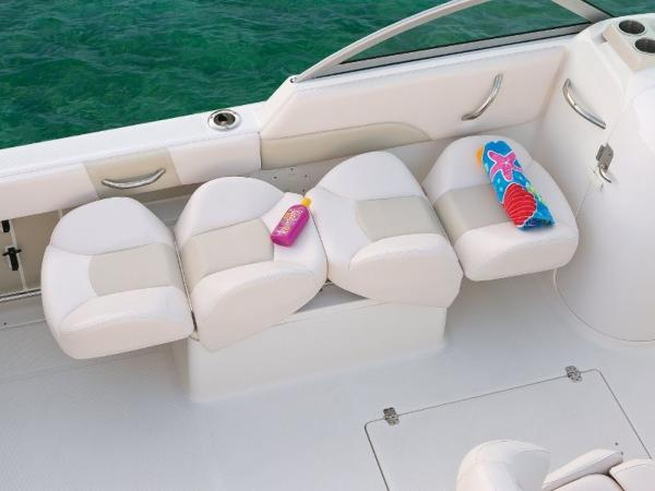 2022 Robalo boat for sale, model of the boat is R227 & Image # 18 of 20
