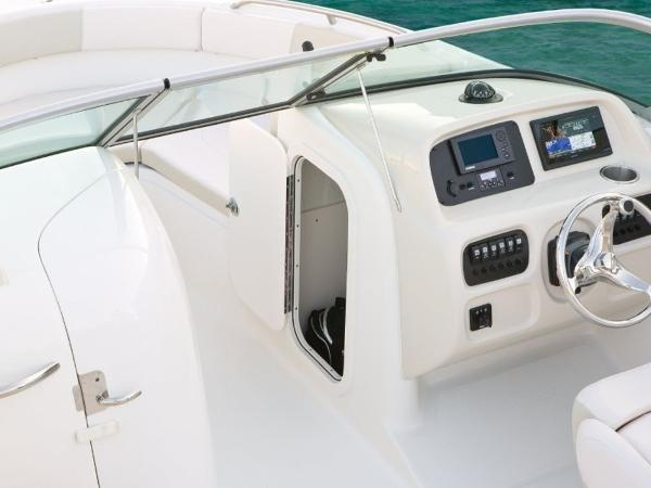 2022 Robalo boat for sale, model of the boat is R227 & Image # 20 of 20