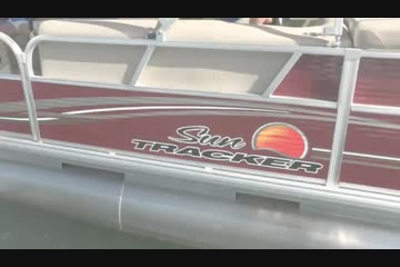 Sun Tracker Party Barge 22 DLX video