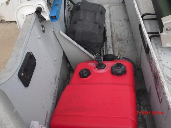 1993 Alumacraft boat for sale, model of the boat is V14 & Image # 12 of 15