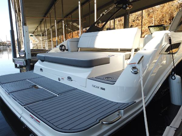 2021 Sea Ray boat for sale, model of the boat is SDX 250 & Image # 8 of 30