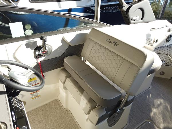 2021 Sea Ray boat for sale, model of the boat is SDX 250 & Image # 16 of 30