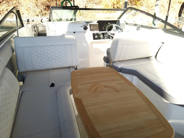 2021 Sea Ray boat for sale, model of the boat is SDX 250 & Image # 17 of 30