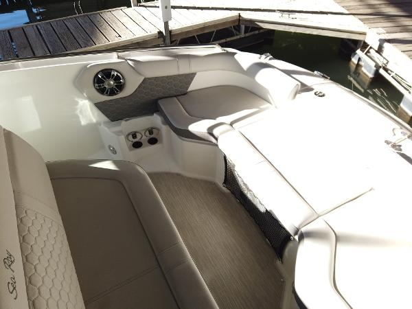 2021 Sea Ray boat for sale, model of the boat is SDX 250 & Image # 18 of 30