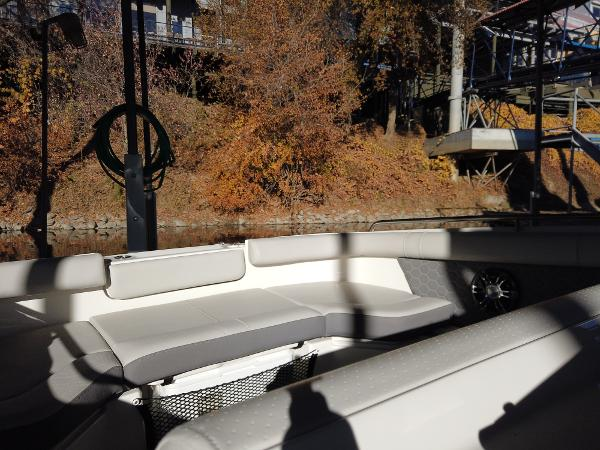 2021 Sea Ray boat for sale, model of the boat is SDX 250 & Image # 19 of 30