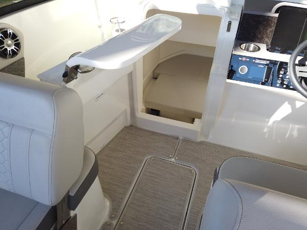 2021 Sea Ray boat for sale, model of the boat is SDX 250 & Image # 22 of 30