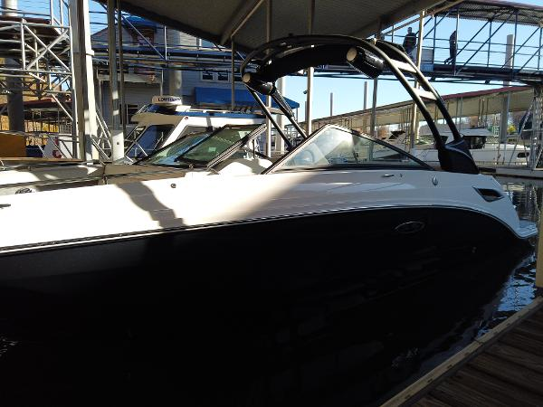 2021 Sea Ray boat for sale, model of the boat is SDX 250 & Image # 2 of 30