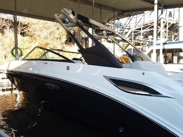 2021 SEA RAY SDX 250 for sale