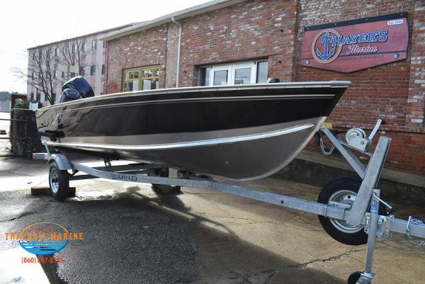 2021 Lund boat for sale, model of the boat is 1600 Fury Tiller & Image # 1 of 40