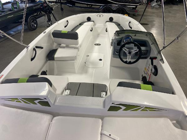 2022 Tahoe boat for sale, model of the boat is T18 & Image # 3 of 8