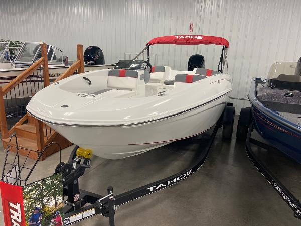 2022 Tahoe boat for sale, model of the boat is T18 & Image # 5 of 8