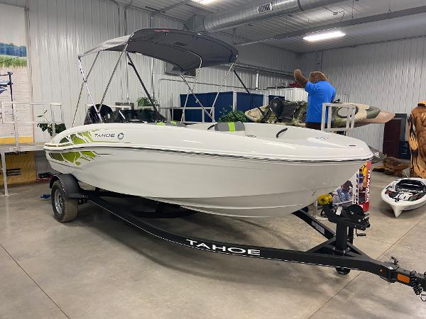 2022 Tahoe boat for sale, model of the boat is T18 & Image # 7 of 8