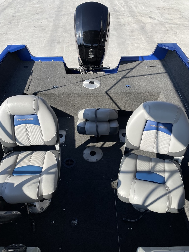 2016 Tracker Boats boat for sale, model of the boat is Pro Guide 175 & Image # 2 of 14