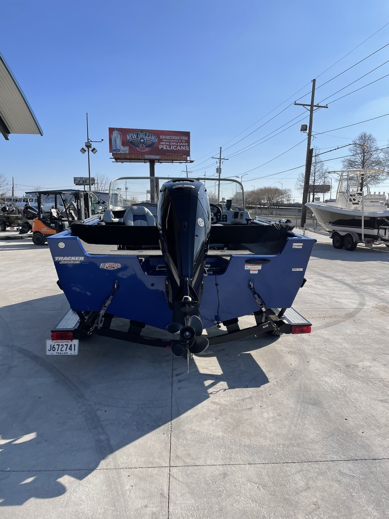 2016 Tracker Boats boat for sale, model of the boat is Pro Guide 175 & Image # 6 of 14