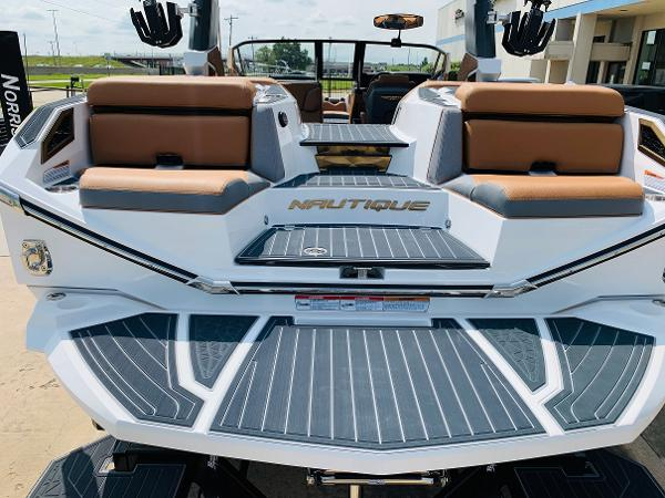 2021 Nautique boat for sale, model of the boat is Super Air Nautique G25 Paragon & Image # 12 of 90