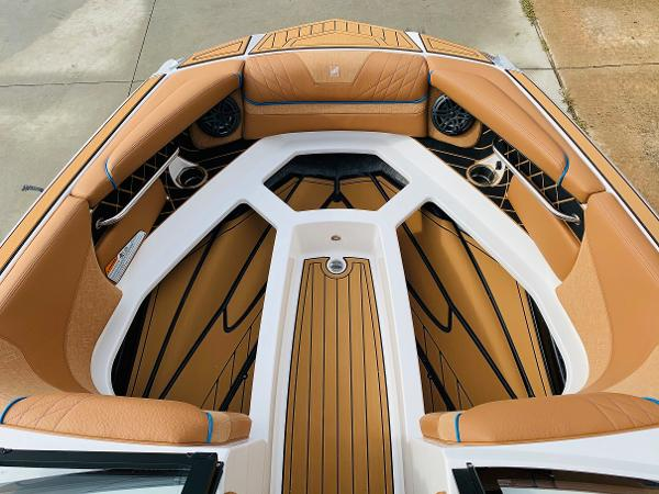 2021 Nautique boat for sale, model of the boat is Super Air Nautique GS22 & Image # 14 of 65